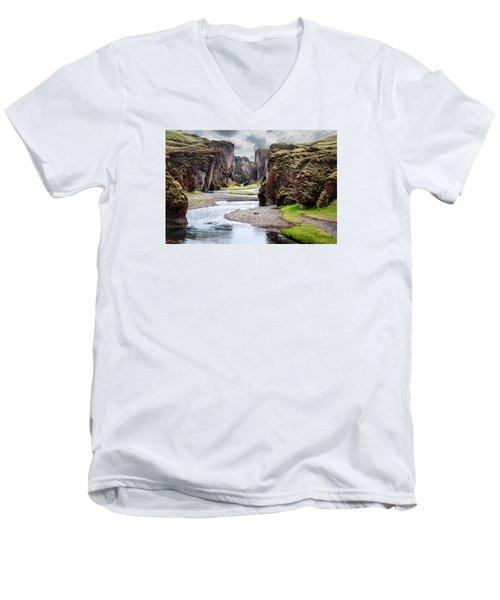 Canyon Vista Men's V-Neck T-Shirt