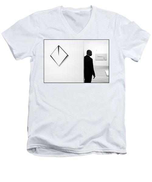 Carmen Herrera At The Whitney 1 Bw Men's V-Neck T-Shirt