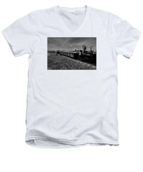 Cars Waiting To Go Men's V-Neck T-Shirt
