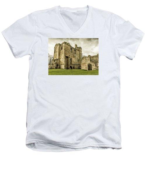 Castle Of Ashby Men's V-Neck T-Shirt