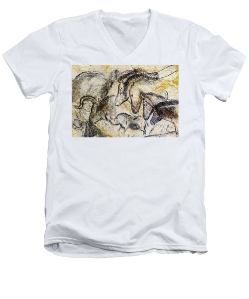 Chauvet Horses Aurochs And Rhinoceros Men's V-Neck T-Shirt