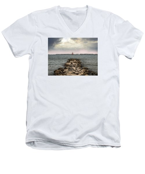 Chesapeake Bay Lighthouse Men's V-Neck T-Shirt