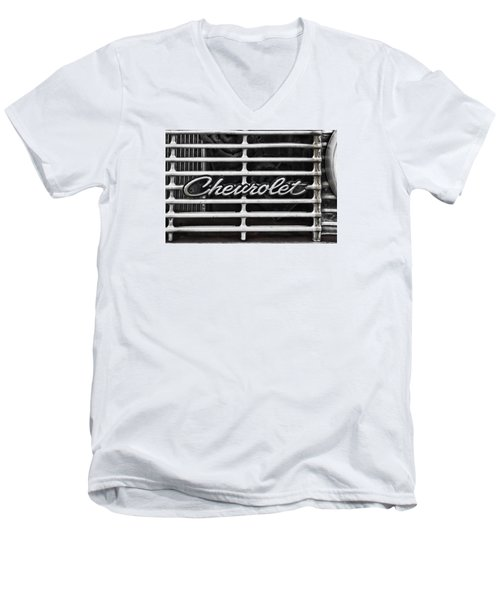Chevy Grill Men's V-Neck T-Shirt