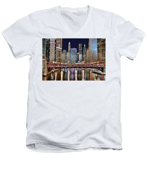 Chicago Full City View Men's V-Neck T-Shirt