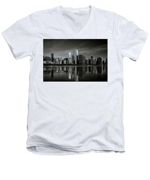 Chicago Lake Front Men's V-Neck T-Shirt