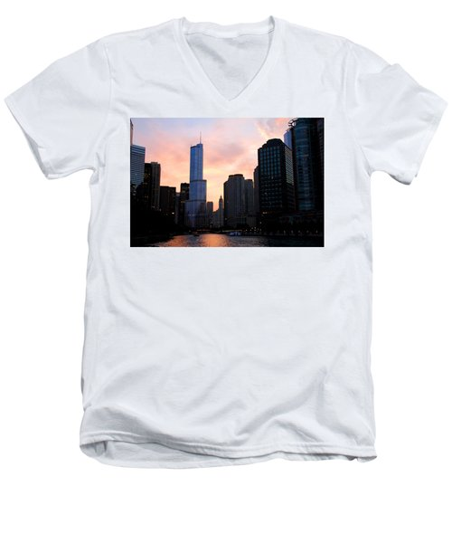 Chicago Skyline At Dusk Men's V-Neck T-Shirt