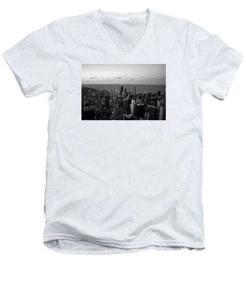 Men's V-Neck T-Shirt featuring the photograph Chicago Skyline Bw by Richard Zentner