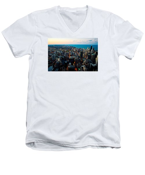 Men's V-Neck T-Shirt featuring the photograph Chicago Skyline by Richard Zentner