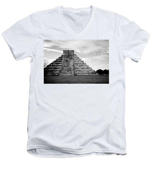 Chichen Itza B-w Men's V-Neck T-Shirt