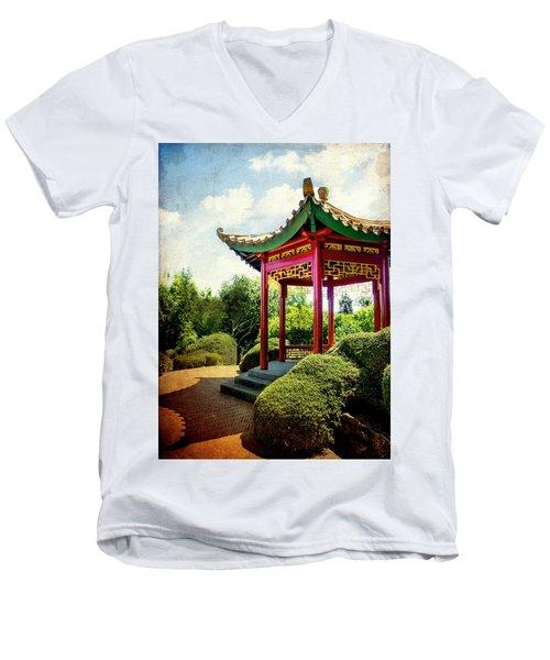 China In New Zealand Men's V-Neck T-Shirt