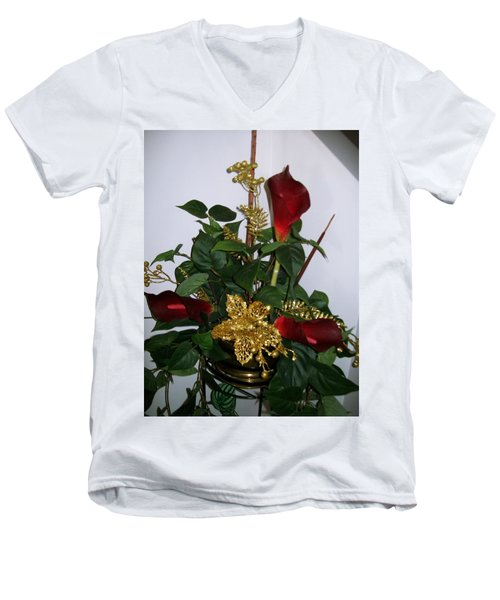Men's V-Neck T-Shirt featuring the photograph Christmas Arrangemant by Sharon Duguay