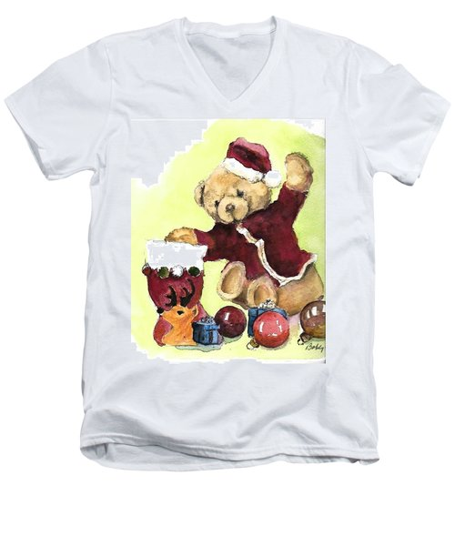 Christmas Bear Men's V-Neck T-Shirt
