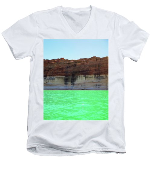 Cliff At Lake Powell Men's V-Neck T-Shirt