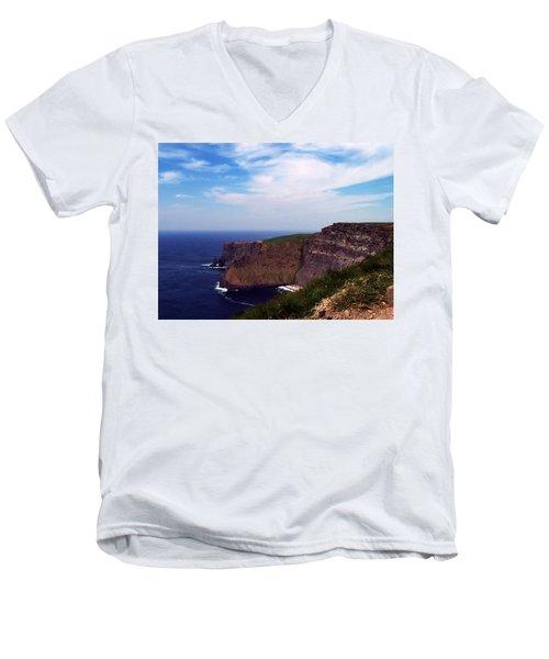 Cliffs Of Moher Aill Na Searrach Ireland Men's V-Neck T-Shirt