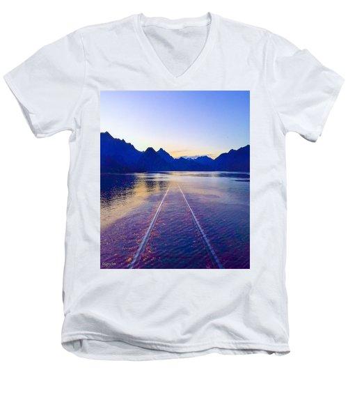 Coastal Rail Road Men's V-Neck T-Shirt