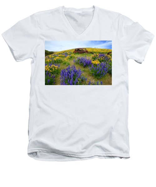 Columbia Hills Wildflowers Men's V-Neck T-Shirt