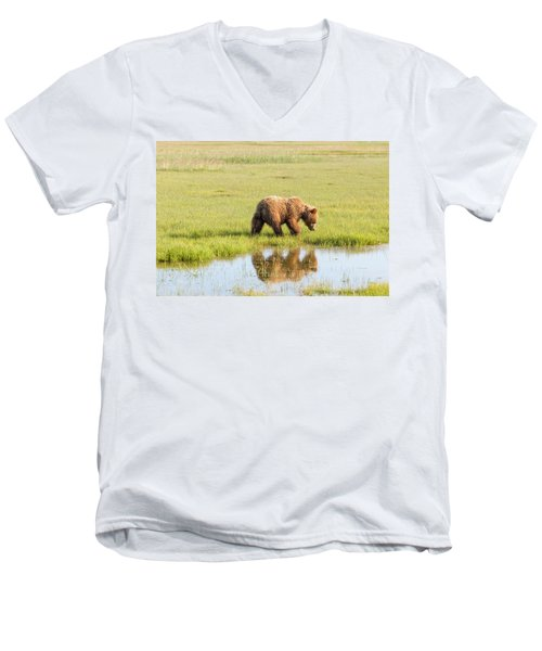 Cub Reflection Men's V-Neck T-Shirt