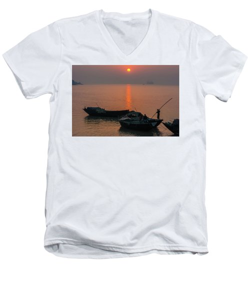 Daily Life Of Boatman Men's V-Neck T-Shirt