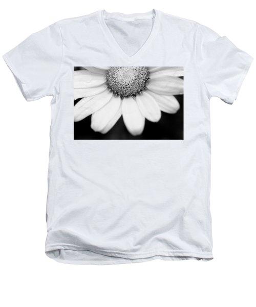 Daisy Smile - Black And White Men's V-Neck T-Shirt