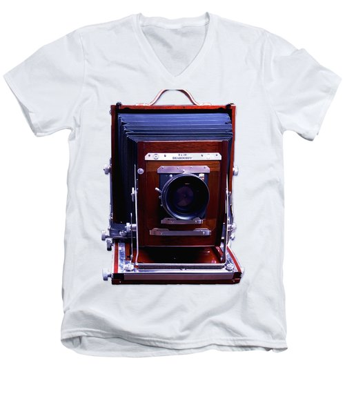 Deardorff 8x10 View Camera Men's V-Neck T-Shirt by Joseph Mosley