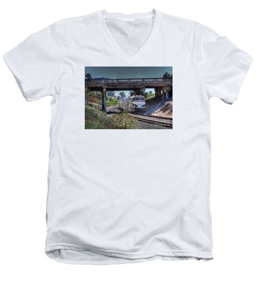 Del Mar Amtrak Men's V-Neck T-Shirt