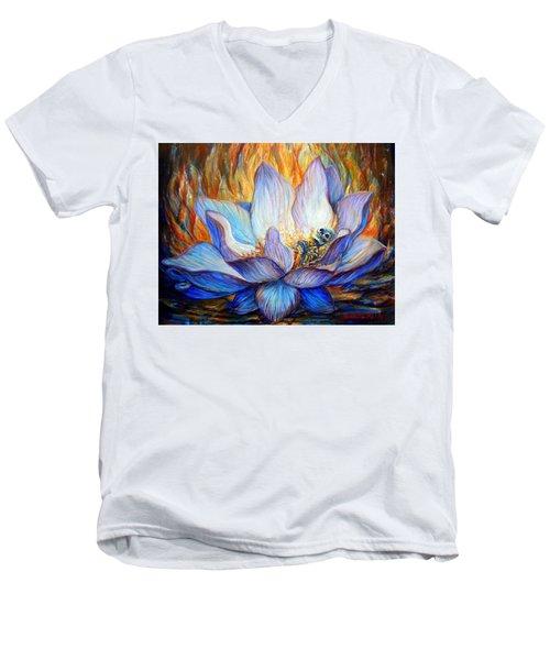 Despierto Men's V-Neck T-Shirt