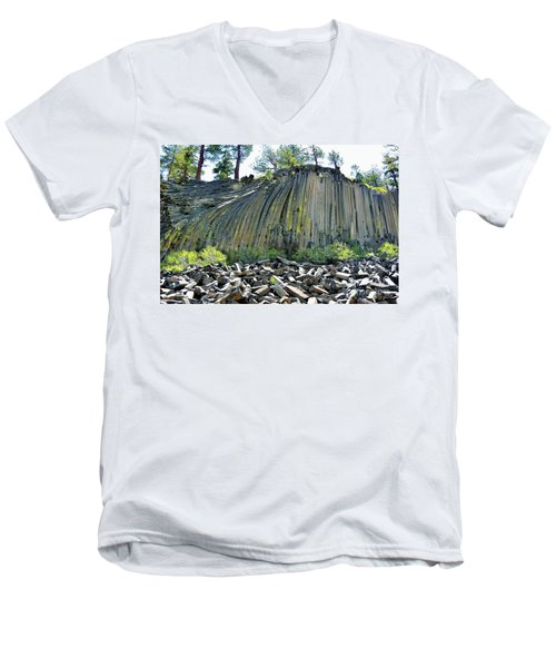 Devils Postpile Men's V-Neck T-Shirt