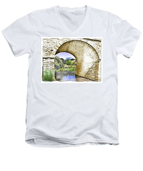 Men's V-Neck T-Shirt featuring the photograph Do-00262 Richmond Bridge by Digital Oil