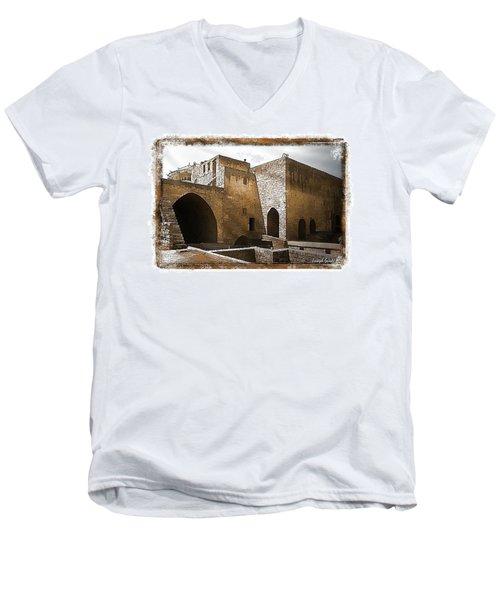 Do-00422 St Gilles Citadelle Men's V-Neck T-Shirt