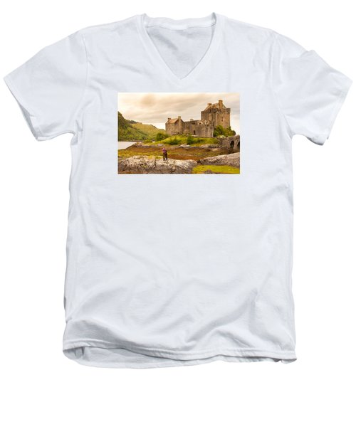Donan Castle Men's V-Neck T-Shirt