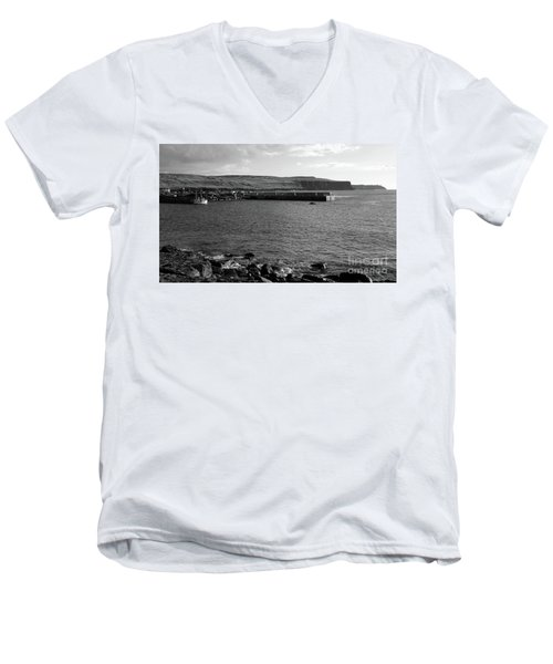 Doolin Harbour Men's V-Neck T-Shirt