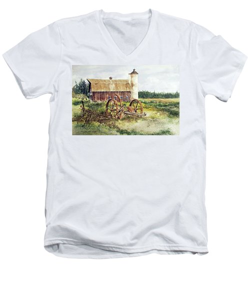 Door County Men's V-Neck T-Shirt