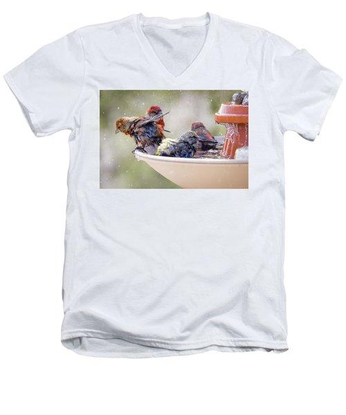 Drying Men's V-Neck T-Shirt