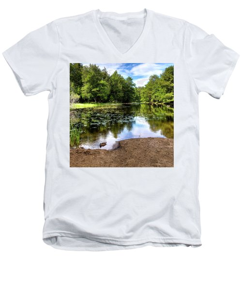 Men's V-Neck T-Shirt featuring the photograph Duck At Covewood by David Patterson