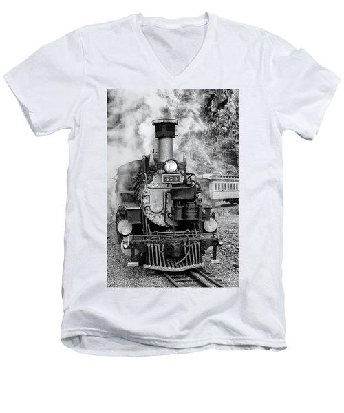 Durango Silverton Train Engine Men's V-Neck T-Shirt