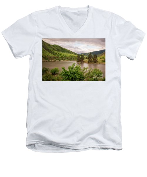 Early Morning Smoothy Waterscape Art By Kaylyn Franks  Men's V-Neck T-Shirt
