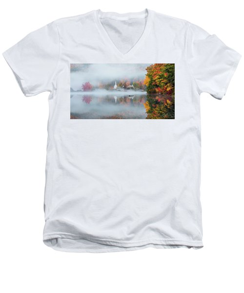 Eaton, Nh Men's V-Neck T-Shirt