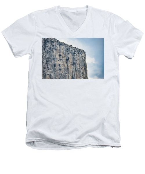 El Capitan Up Close And Personal From Tunnel View Yosemite Np Men's V-Neck T-Shirt