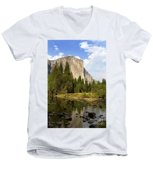 El Capitan Yosemite National Park California Men's V-Neck T-Shirt