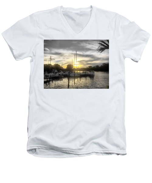 Essex Sunset Men's V-Neck T-Shirt
