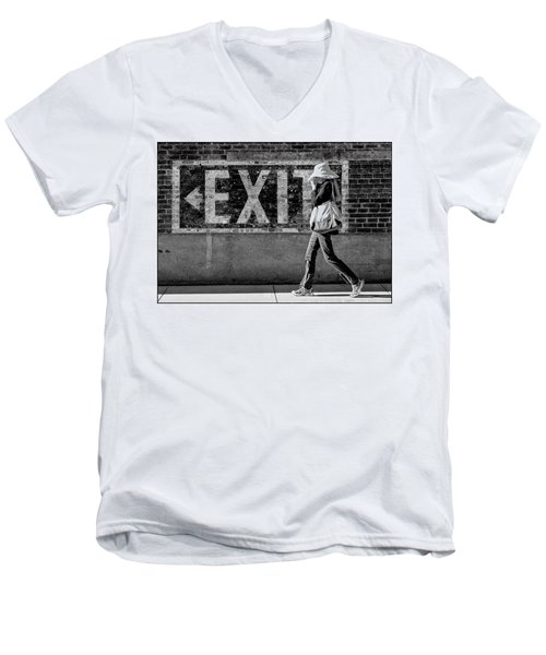 Exit Bw Men's V-Neck T-Shirt