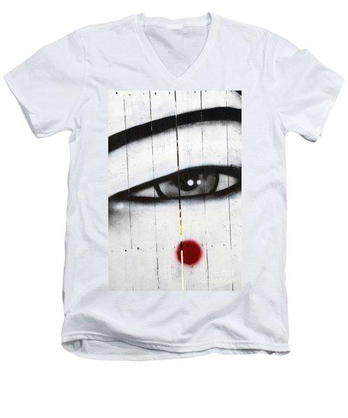 Eyes Like A Lens Men's V-Neck T-Shirt