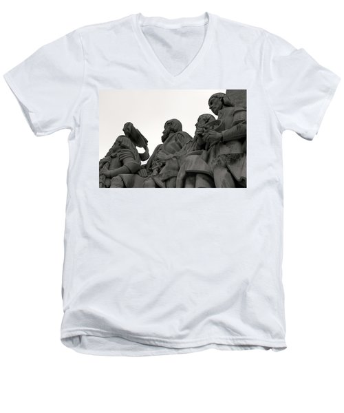 Men's V-Neck T-Shirt featuring the photograph Faces Of The Monument by Lorraine Devon Wilke