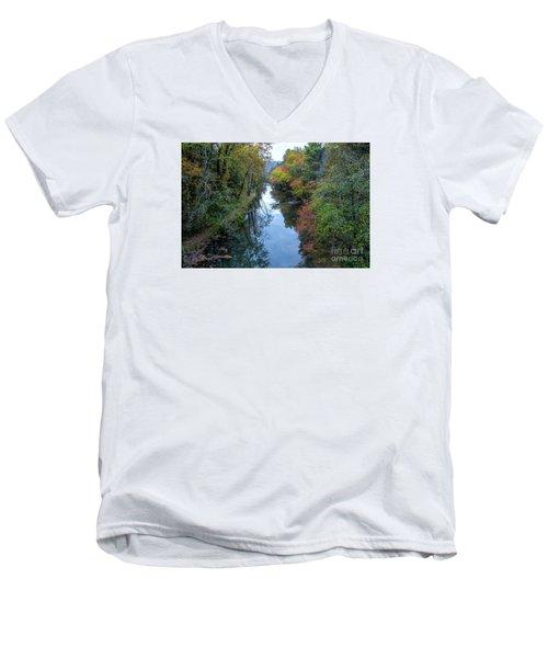 Fall Colors Along The Tallulah River Men's V-Neck T-Shirt