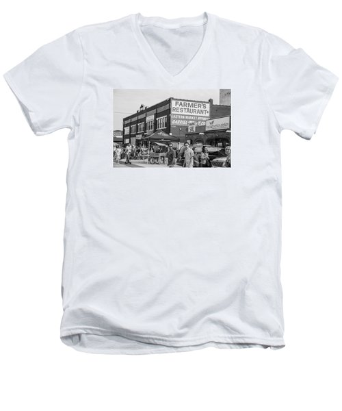 Farmers Restaurant In Detroit Black And White  Men's V-Neck T-Shirt