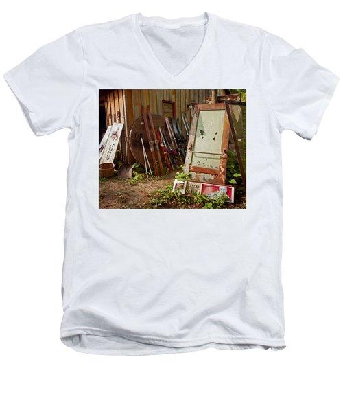 Farmhouse Antiques Men's V-Neck T-Shirt