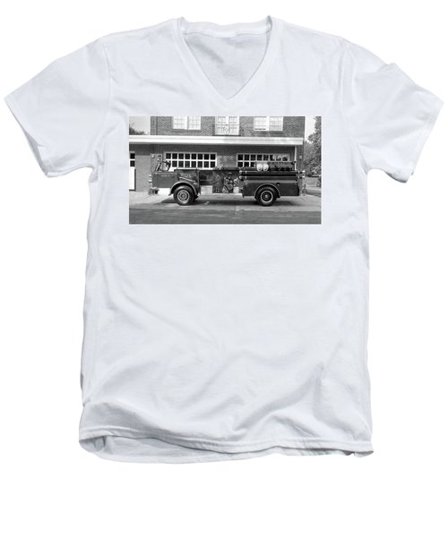 Fire Truck Men's V-Neck T-Shirt