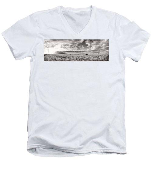 Fla-160225-nd800e-388pa91-ir-cf Men's V-Neck T-Shirt