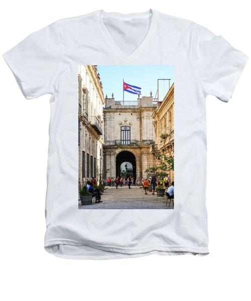 Flag Of Cuba Men's V-Neck T-Shirt