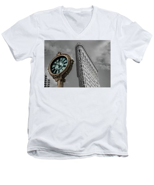 Flatiron Building Men's V-Neck T-Shirt
